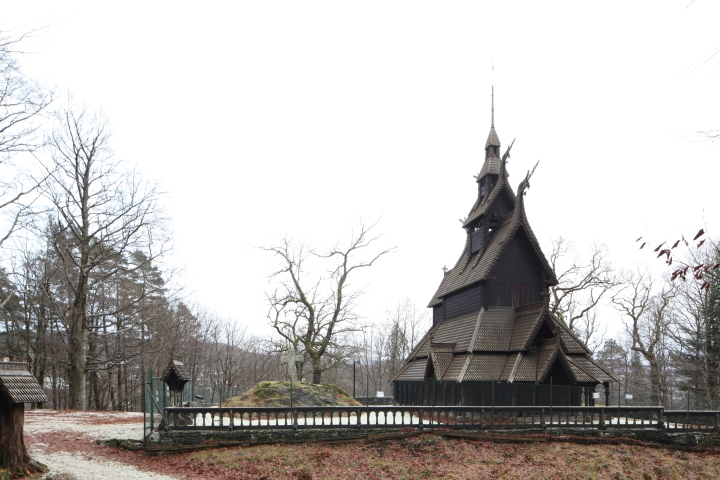 The stave church of Fantoft (photo Justin Kroesen)