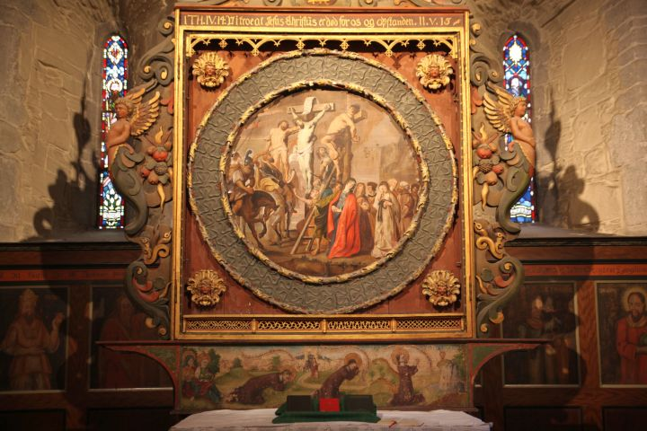 The altarpiece on the main altar (photo Justin Kroesen)