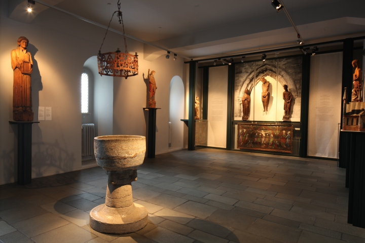The 'church room' in the church art collection (photo Justin Kroesen)