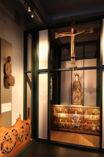 A view of the Romanesque section of the church art collection (photo Justin Kroesen)